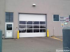 Richards-Wilcox-commercial-garage-door-full-view-windows